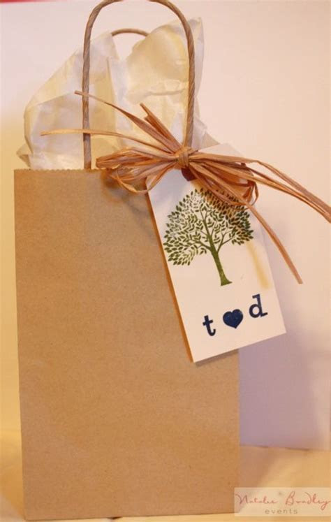 Simple Hotel Welcome Bag   DIY Guest Welcome Bag   DIY