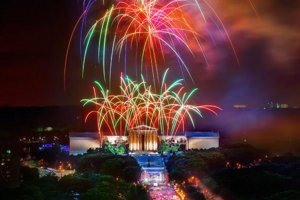 http://c0472851.cdn.cloudfiles.rackspacecloud.com/4th-of-jiy-fireworks-art-museum-philadelphia-600.jpg