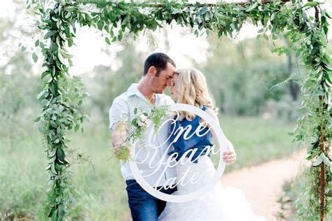 The Most Perfect First Wedding Anniversary Photo Shoot Ever