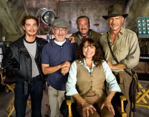 Shia LaBeouf, Steven Spielberg, Ray Winstone, Karen Allen and Harrison Ford pose on the set of this May's INDIANA JONES AND THE KINGDOM OF THE CRYSTAL SKULL.