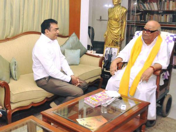 Daily Thanthi Chief S.Balasubramanian  meets Karunanidhi