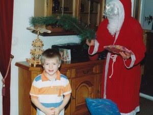 Kroos bambino, nella sua casa, a Natale (da www.toni-kroos.de/)