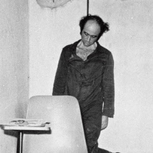 Imagem mostra Vladimir Herzog no Dops, em SP