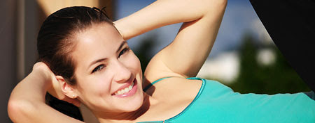 Get flat abs without doing any crunches (Thinkstock)