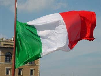 http://www.cieliparalleli.com/immagini_home5/bandiera_italiana.jpg