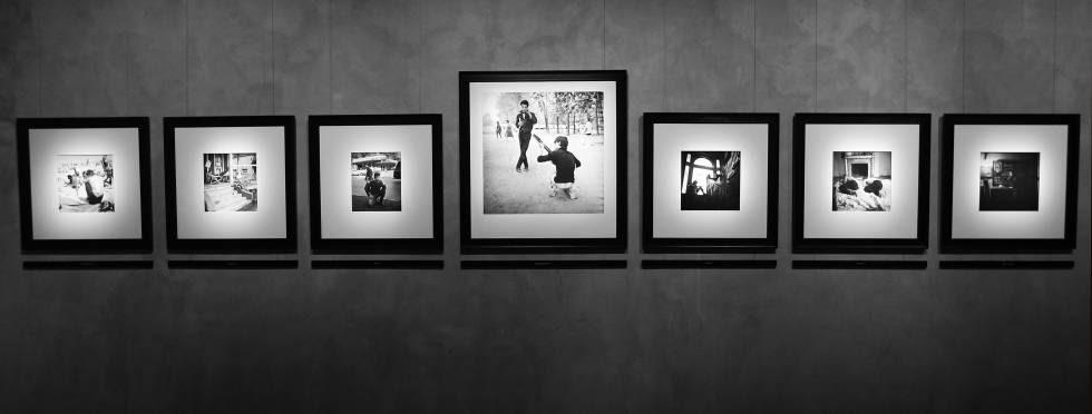 Exposición 'The Beats and The Vanities', de Larry Fink , en Milán.