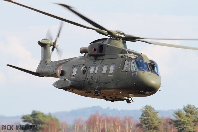 http://www.jamesbondlifestyle.com/sites/default/files/styles/full_width_image/public/images/product/vi007-agustawestland-aw101-helicopter-skyfall.jpg?itok=75RP4VHs