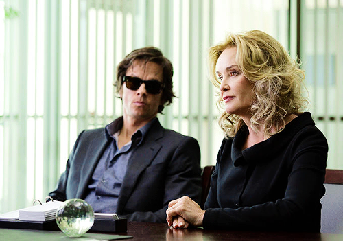 First Look: Mark Wahlberg and Jessica Lange in The Gambler (2014).