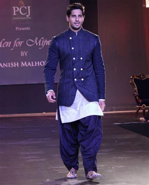 1000  ideas about Manish Malhotra Collection on Pinterest