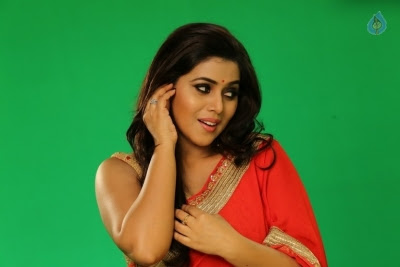 Poorna New Gallery - 13 of 33