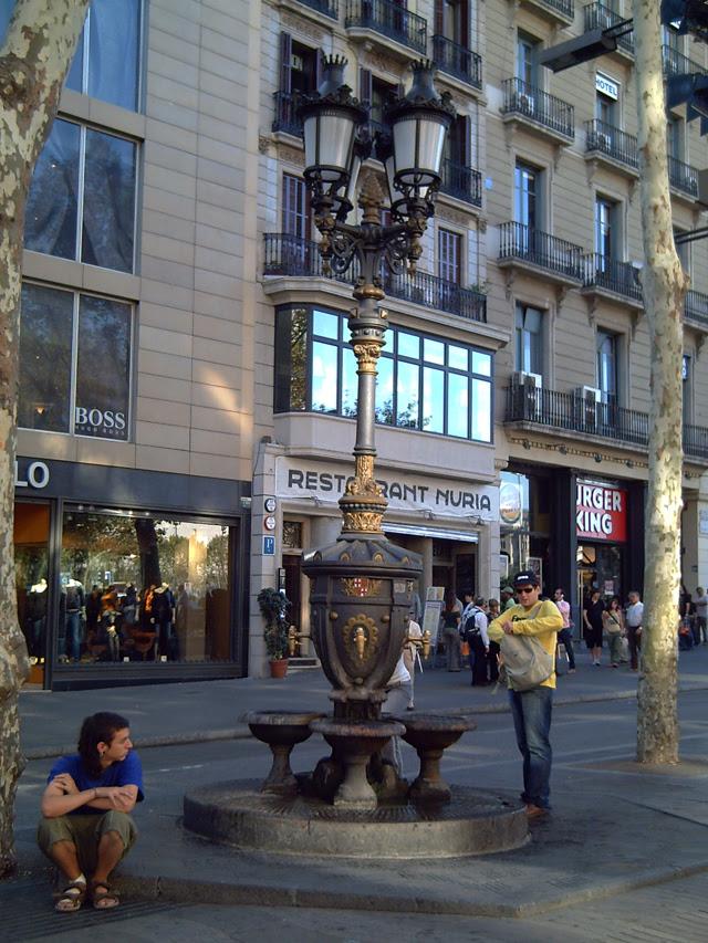 Font de Canaletes in Las Ramblas, Barcelona