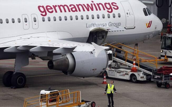 Airbus A320 cai com 148 pessoas da França. Foto: AP