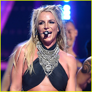 Britney Spears Sings 'Happy Birthday' Live in Singapore! (Video)