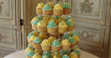 Vintage Turquoise & Yellow Calla Lily Wedding Cupcake