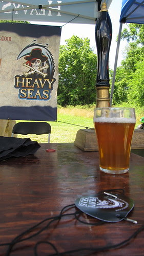 A clear, bubbly cask on a hot day (01)