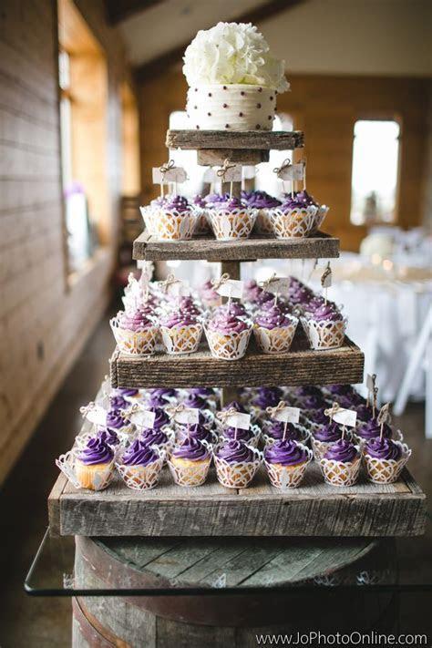 25  best ideas about Burlap cupcakes on Pinterest   Bridal