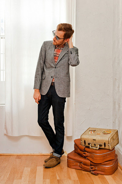 Bed-stu-boots-doctrine-denim-jeans-banana-republic-blazer-jcrew-shirt_400