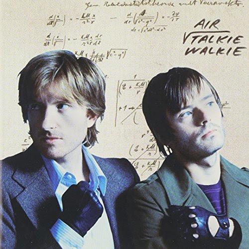 Air. Talkie Walkie