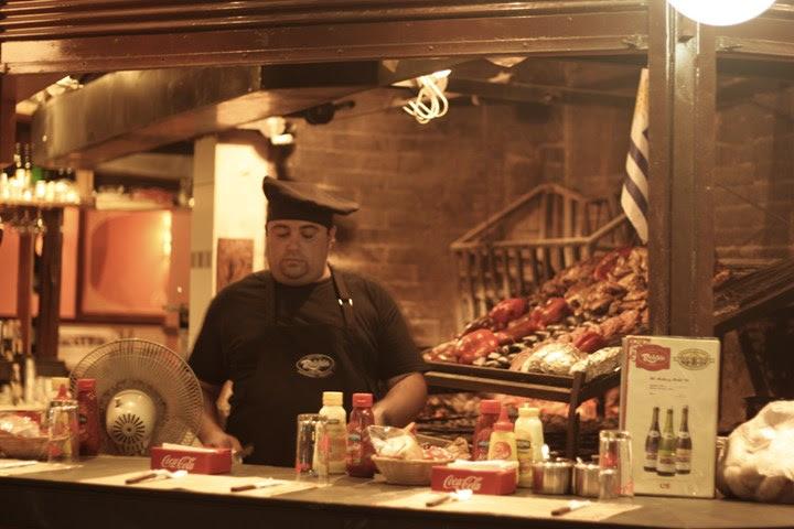 Cocinero en el Mercado del Puerto