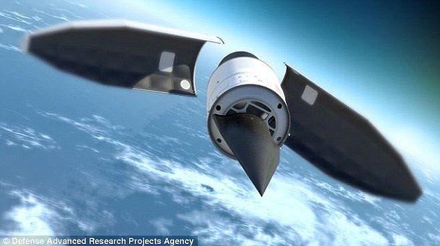 Projeto: O teste do Pentágono voou outro planador hipersônico, apelidado HTV-2, no início deste ano, que é capaz de voar 16.776 milhas por hora