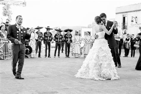 A Spotlight on Mexican Wedding Traditions