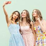 selfie wrist, a soffrirne sono i fan del cosiddetto autoscatto - Stile.it