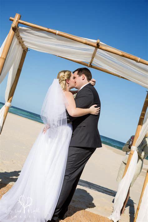 Life, Love & Light Images: Kingscliff Beach Wedding