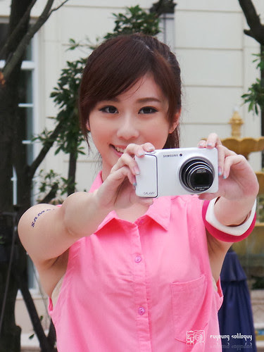 Samsung_Galaxy_Camera_01