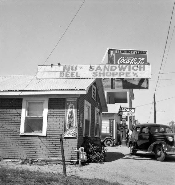 1937-texas-ennis-roadside-stand.jpg
