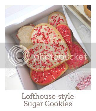 """Lofthouse-style Sugar Cookies"""