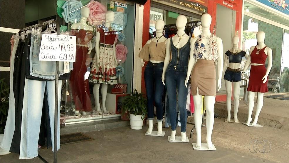 Procon fiscaliza lojas nas vésperas do Dia das Mães (Foto: Reprodução/TV Anhanguera)