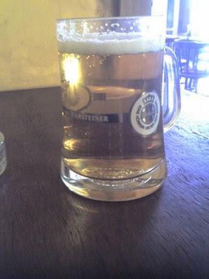 Español: un porron de cerveza