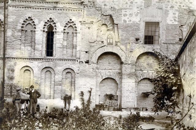 Mezquita del Cristo de la Luz en junio de 1905. Fotógrafo anónimo. Colección Luis Alba. Ayuntamiento de Toledo