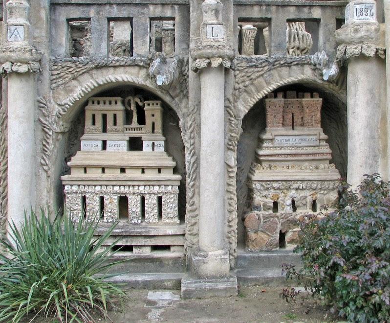 Фрагмент Идеального дворца Шеваля. Фото