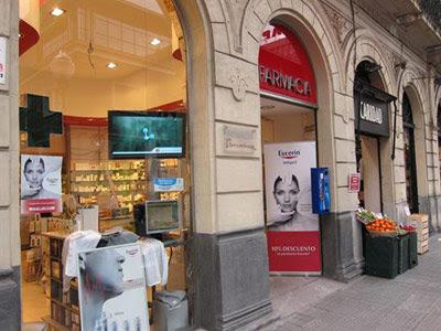 Una farmacia de Valencia. EP