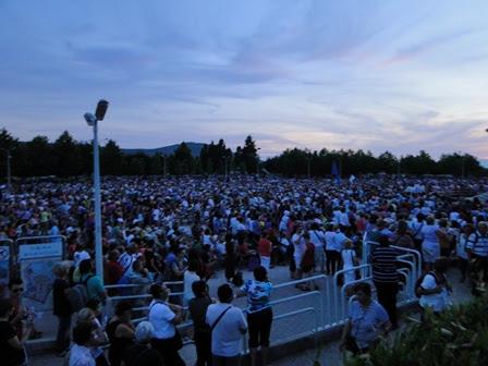 31st anniversary crowd at st. james