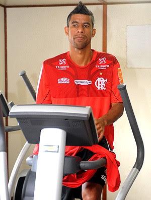 Léo Moura no treino do Flamengo (Foto: Alexandre Vidal / Fla Imagem)