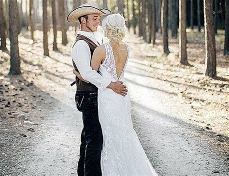 200  Of The Best Of Country Wedding Songs For Your 2019