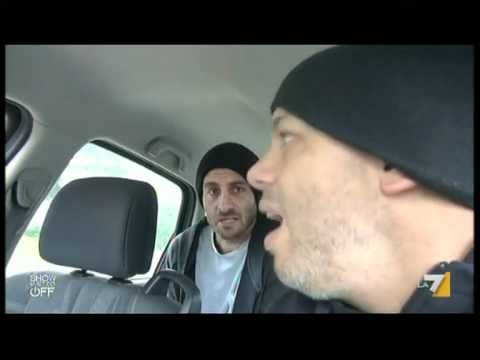 """Daniele De Rossi con Diego Bianchi Zoro in """"the show must go of"""""""