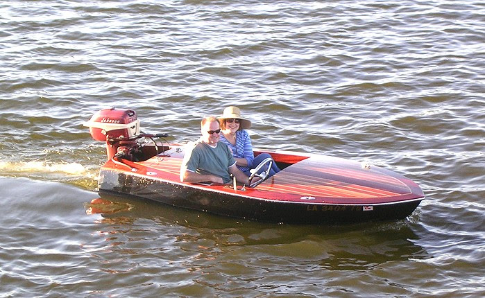 Zicke: Simple balsa wood boat plans