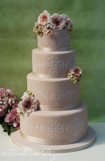 30 Most Creative and Pretty Wedding Cakes   Elegant