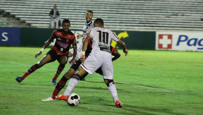 Flamengo-PI x Ceará; Copa do Nordeste (Foto: Renan Morais)