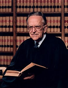 http://upload.wikimedia.org/wikipedia/commons/thumb/6/63/Justice_Blackmun_Official.jpg/220px-Justice_Blackmun_Official.jpg