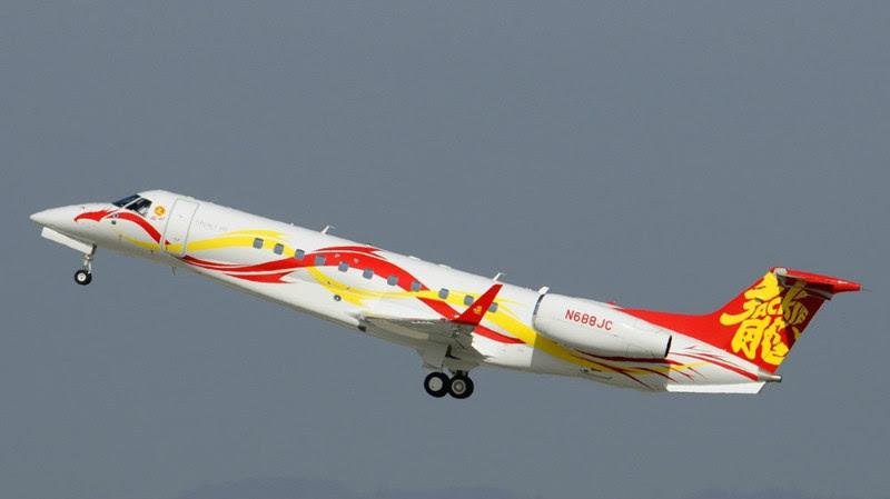 10. Embraer Legacy 650 (Jackie Chan) - $ 30 million. Businessmen billionaires, aircraft, private planes