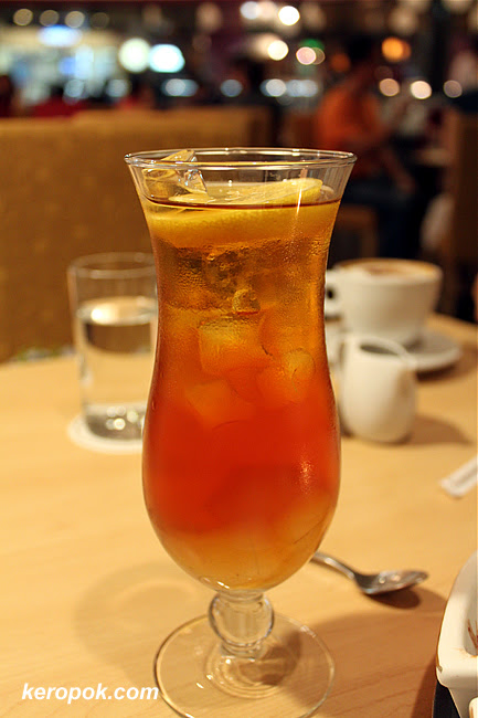 Ice Lemon Tea with Aloe Vera cubes
