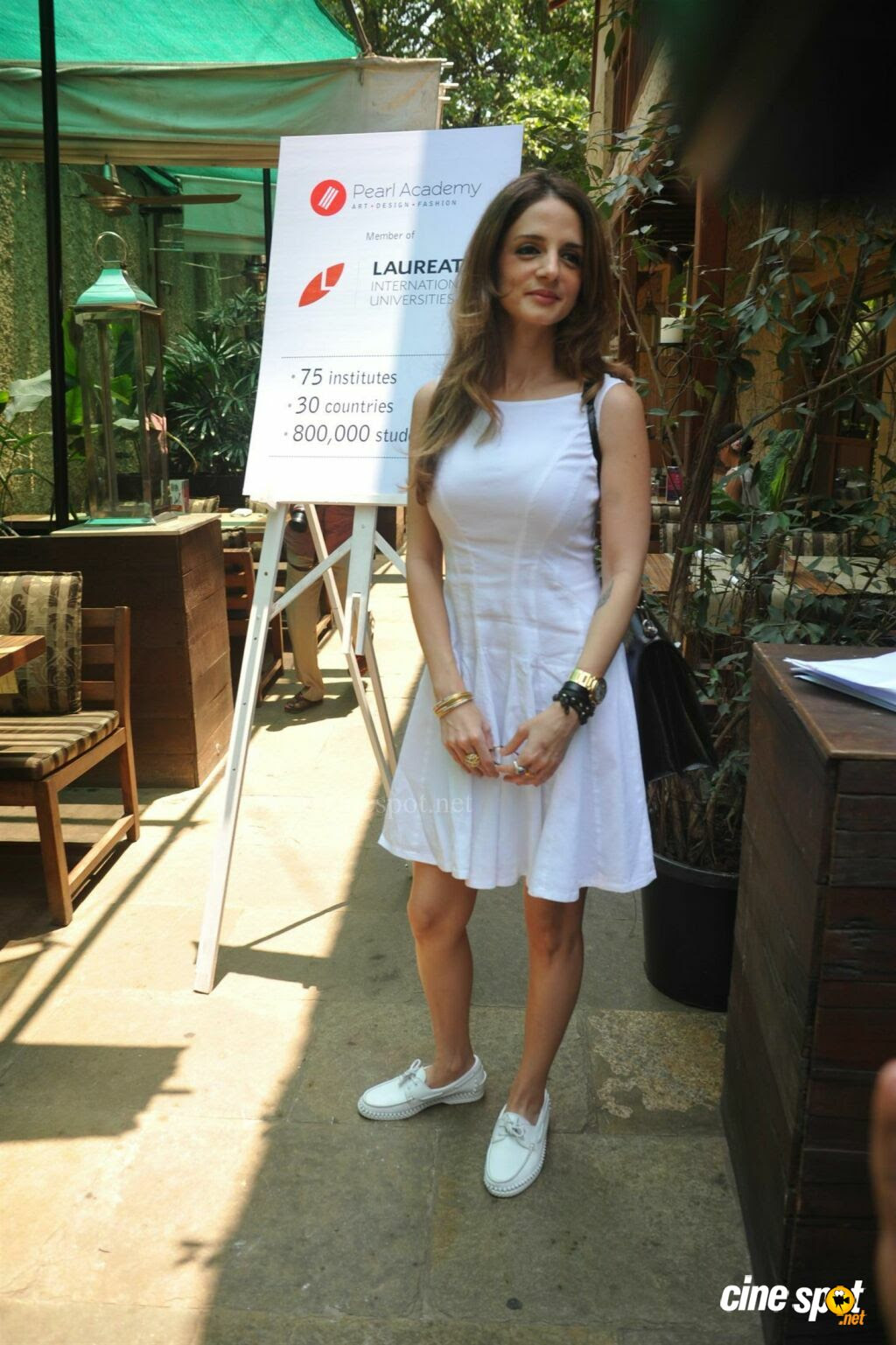 Sussanne Roshan Launch New Campus Of Pearl Academy  (1)