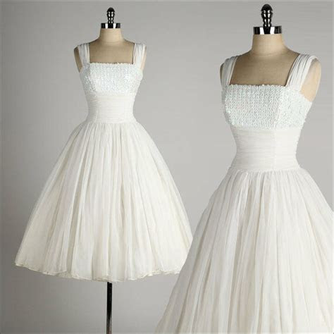 vintage  style wedding dresses ball gown tea length