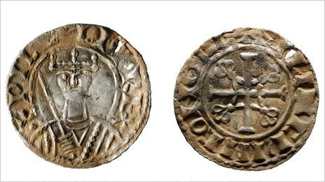 Front and back view of coin