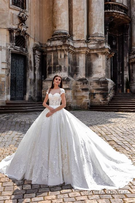 1000  images about Short sleeve ? Ball gown. on Pinterest