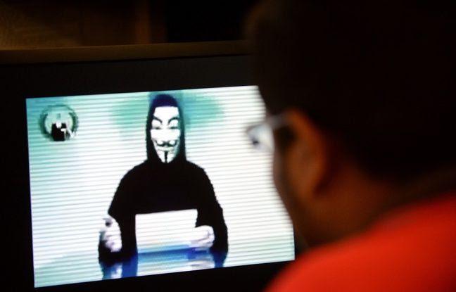 Un hacker du groupe Anonymous après l'attaque contre un site à Singapour, le 1er novembre 2013.